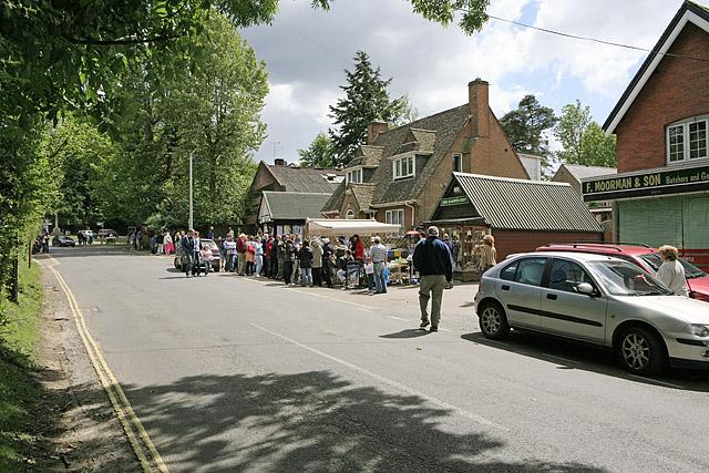Shops in Ringwood Road, Burley