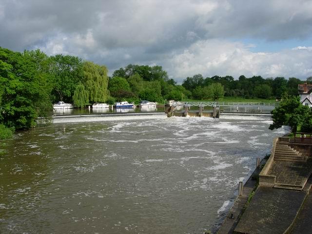 Weirs at Goring