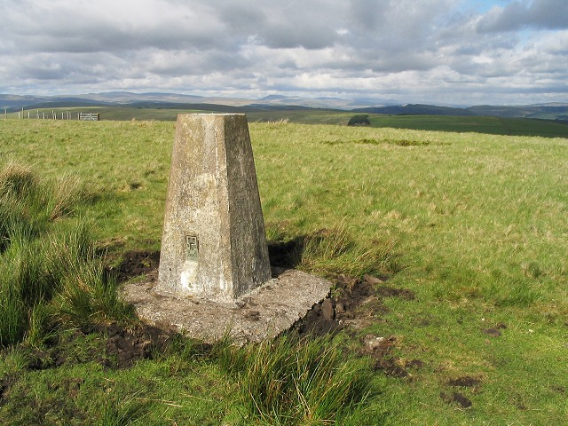 Trig point on hill west of Cwm Clydach