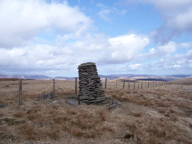 The Leaning Cairn of Trowgrain Middle