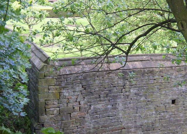 Corner of 16C wall, Kirklees estate, Clifton