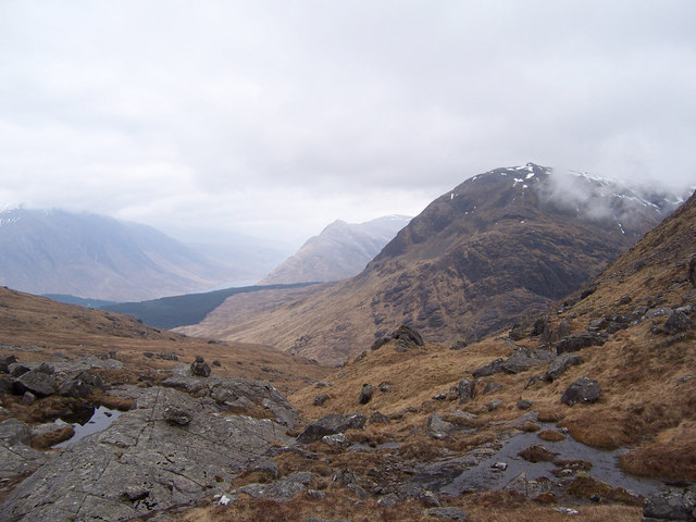On the col between Sgor na h-Ulaidh and Meall a' Bhuiridh.