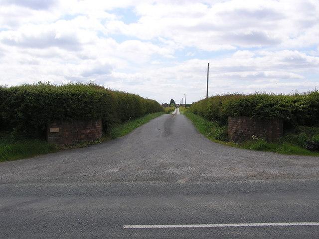 Lane to Hauxley  Farm