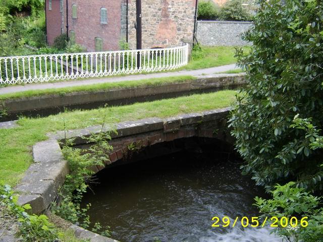 Lledan Brook Aqueduct