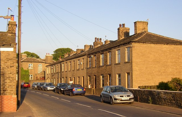 Highbury Place, Lower Edge Road, Rastrick