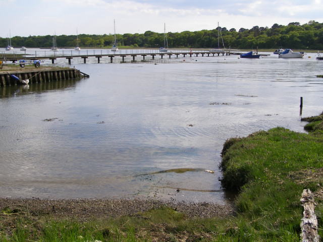 Private jetty at Gilbury, Beaulieu River