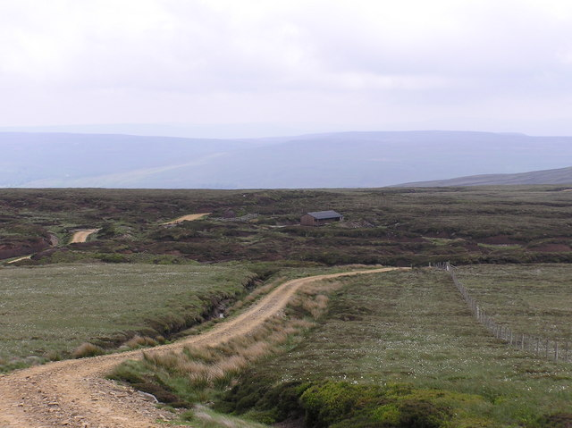 Track to Rogans Seat.