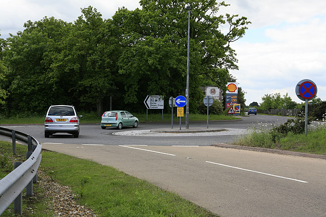 Mini-roundabout on south side of A31, Picket Post