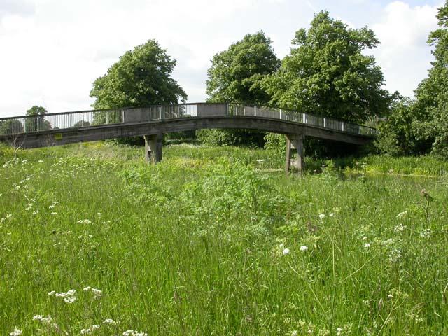 Footbridge across the River Nene