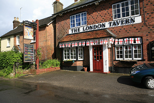 The London Tavern, Linford Road, Ringwood