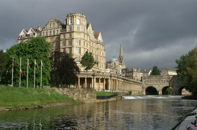 The Empire and Pulteney Bridge, Bath