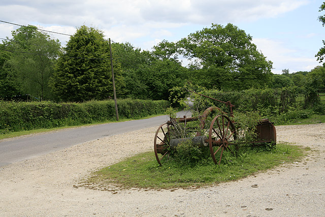 Linford Road opposite Linbank Farm
