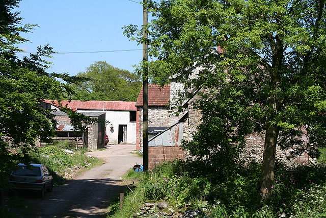 Clayhidon: May's Farm