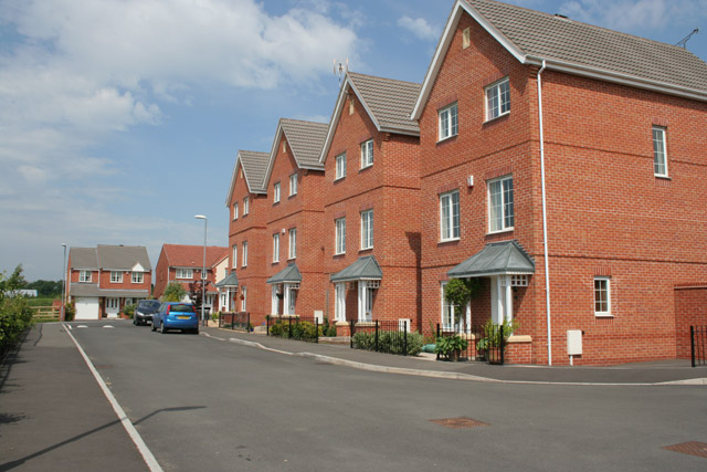 Apartment living by the canal, South Wigston