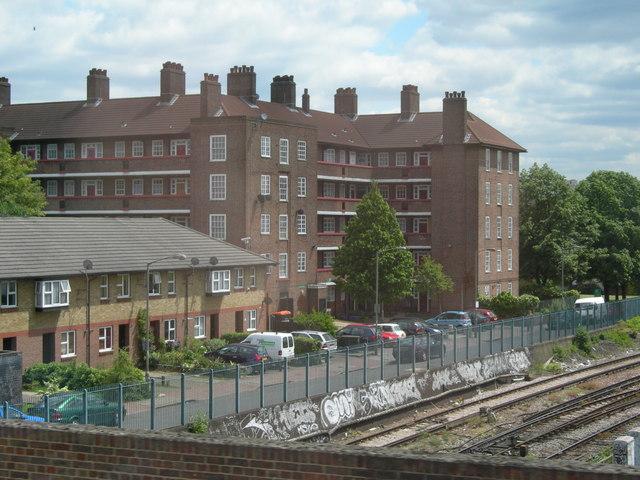 Flats off Battersea Park Road