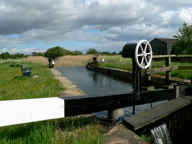 Walbut Lock on the Pocklington Canal