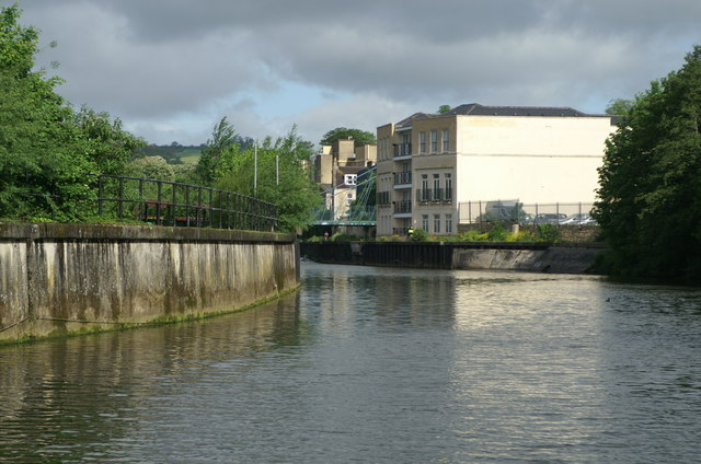 River Avon below Sainsbury's Bridge, Bath