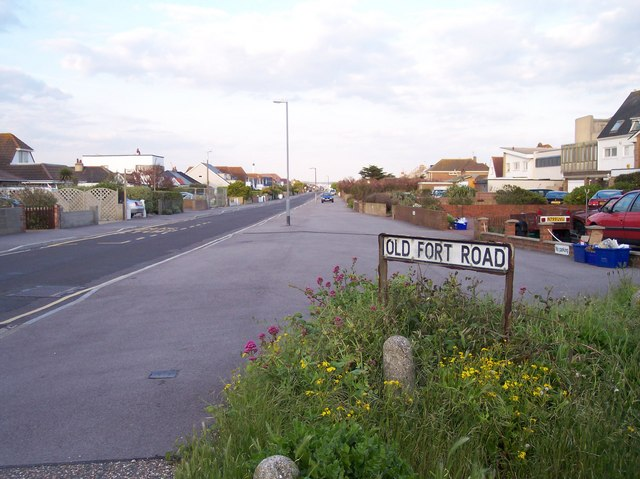 Old Fort Road, Shoreham Beach