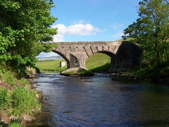 Bridge over Allan Water