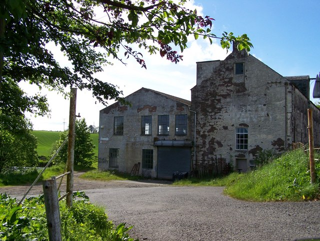 Derelict Building in Kinbuck