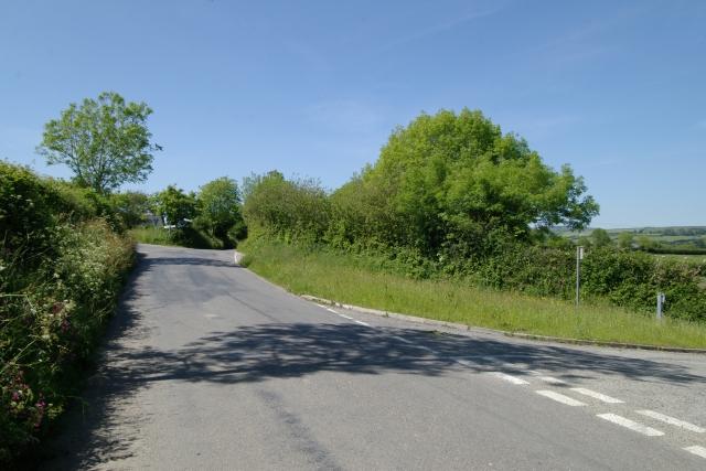 Road junction near Rowse, Pillaton