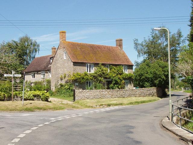 House in Piddington