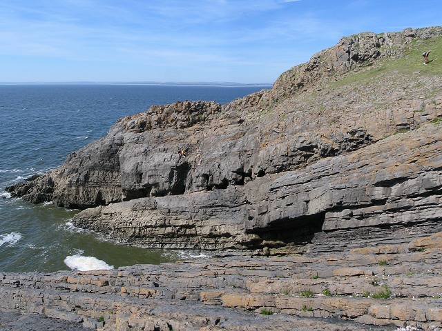 Rocks on west end of Burry Holms