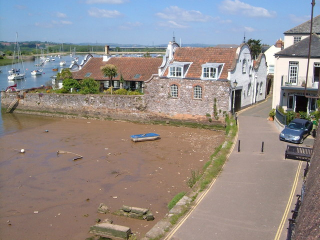 Wixels, Topsham, from beside the church
