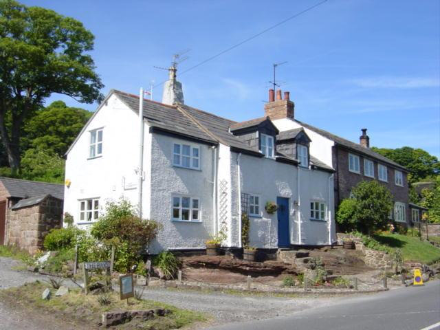 Plessington Cottage, Burton