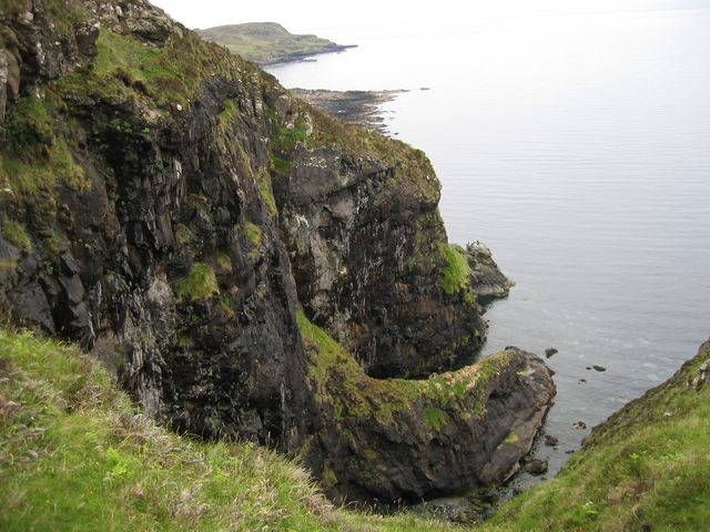 Cliffs above Loch Brittle