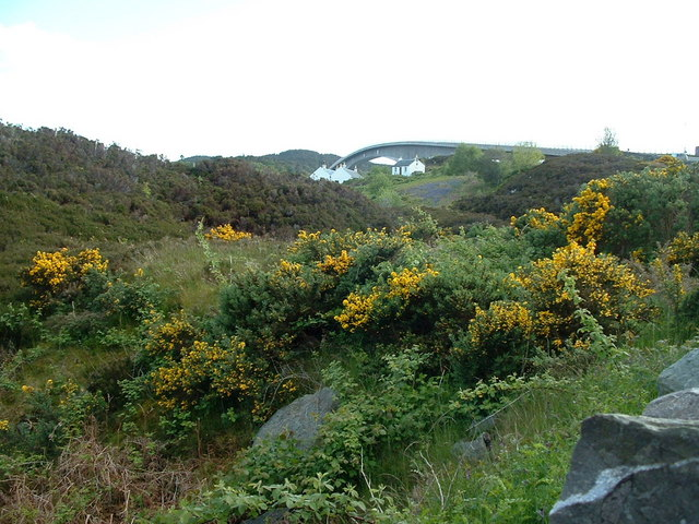 Looking across Eilean Bàn towards the Skye Bridge