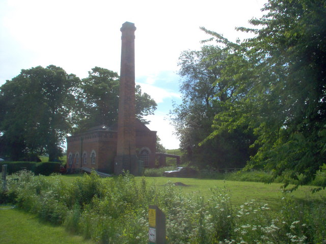 Canal pumping station Braunston