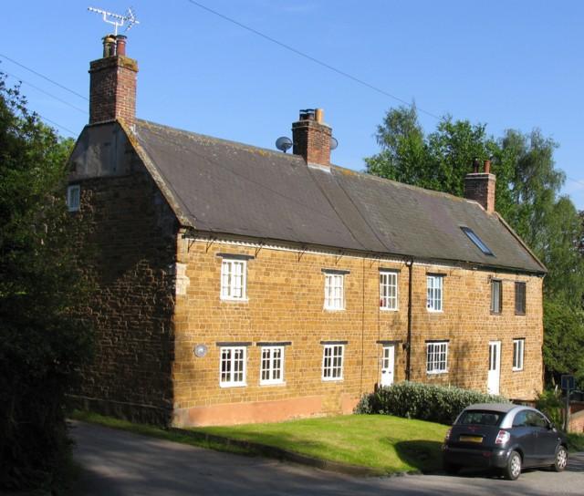 Cottages in Skeffington