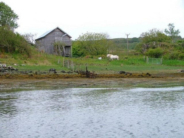 Barn, Loch na Chumhaninn