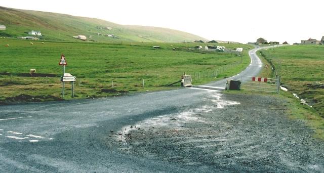 Housetter Road End