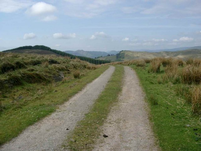 The track from Leathan Dhail
