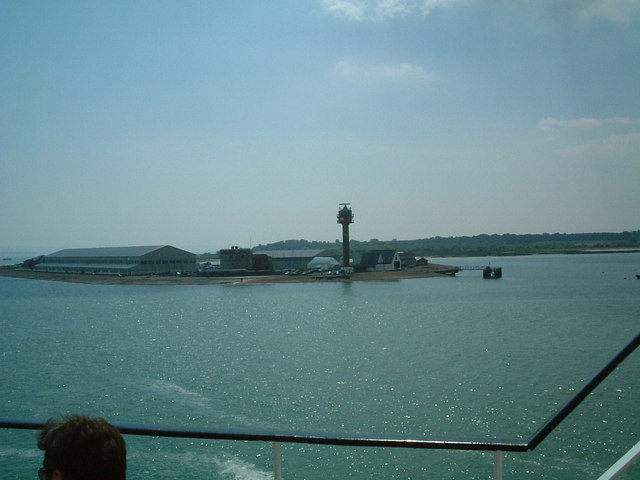 Calshot Castle & HM Coastguard Tower