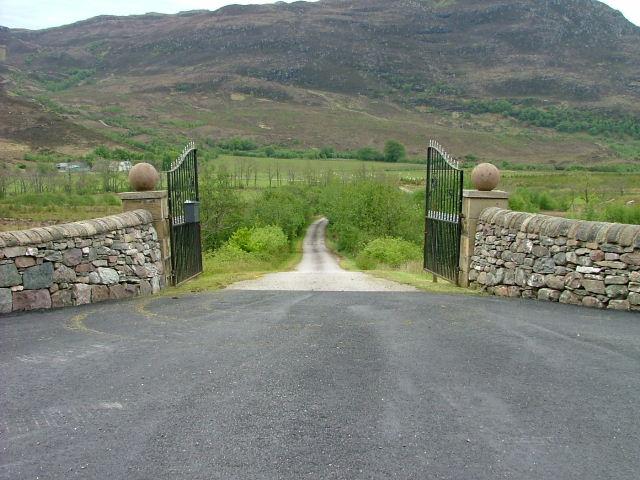 Driveway to Glen Mor Farm