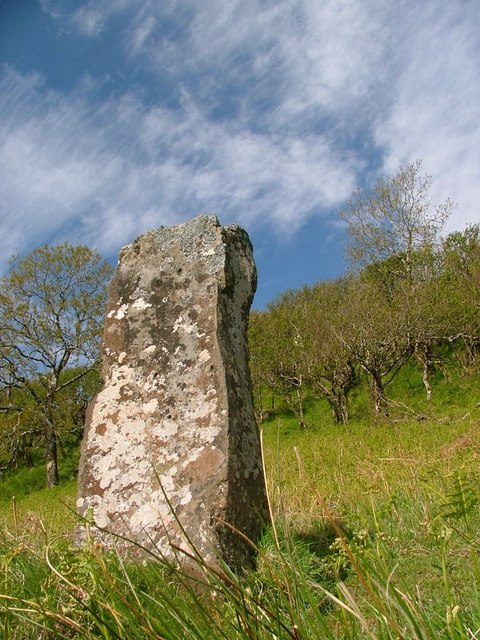 Standing Stone, Tostary
