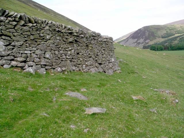 Sheep shelter, Posso Crag