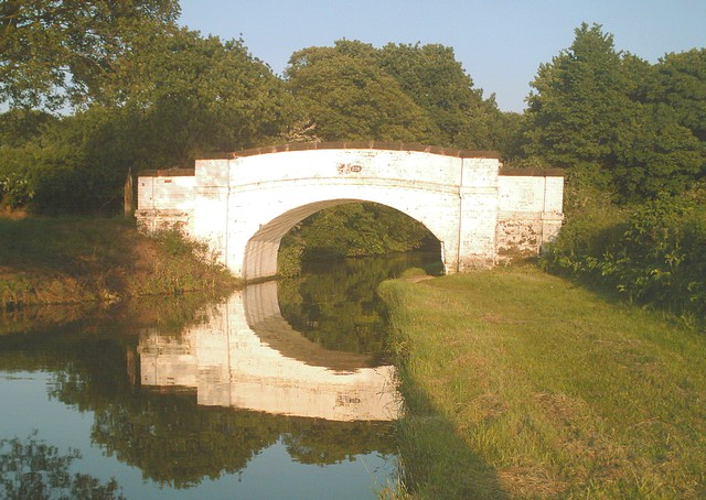 Canal Bridge No. 206, Little Leigh