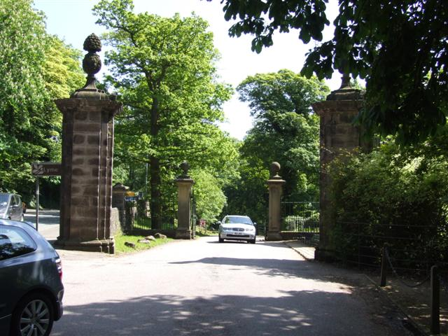 Entrance to Lyme Park from the A6