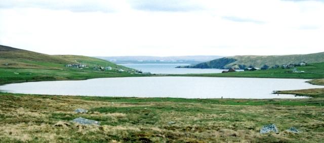 Loch of Housetter