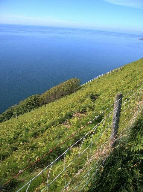 Edge of the headland on the Cardigan Bay coast