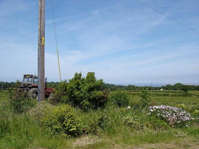 Footpath at Tre Eden Owain