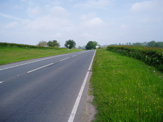 The A525, between Whitchurch and Bangor on Dee