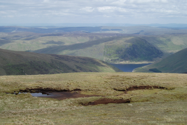 Looking SE from Porridge Cairn