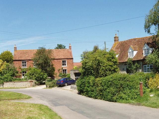 Village street, Piddington
