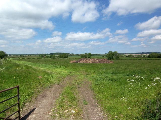 Near Poolthorne Farm