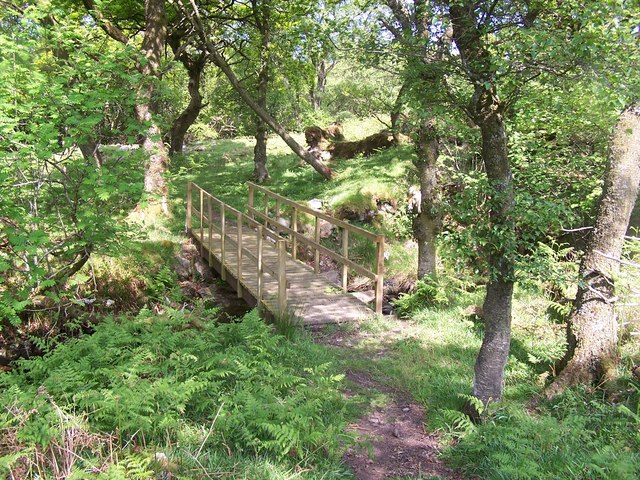 Bute,  Foot Bridge to Chambered Cairn